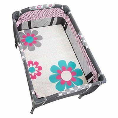 Baby Trend Lil Snooze Deluxe 2 Nursery Center, Daisy Dots Cr