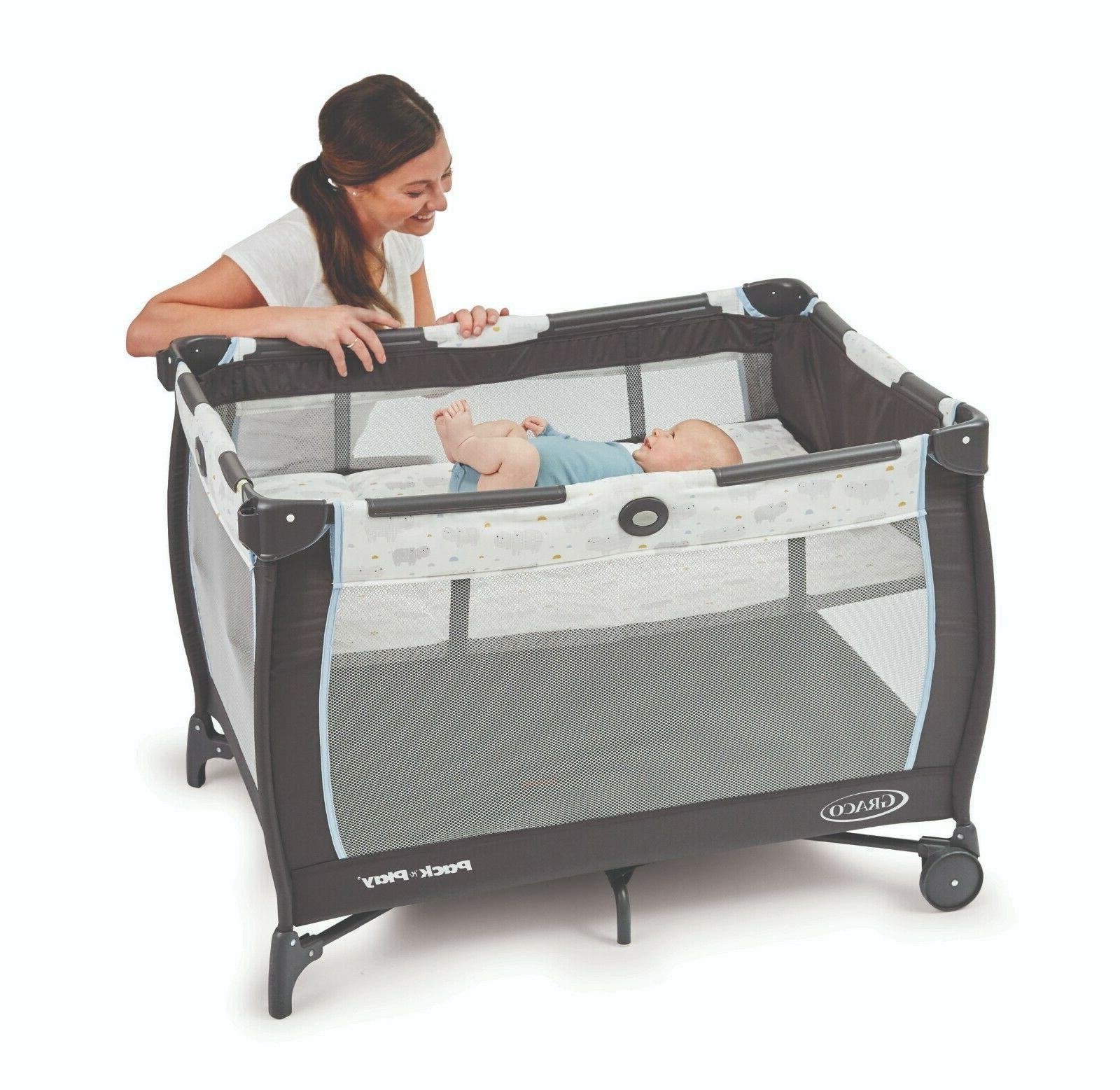 Pack Dreamer Play Bassinet, Table
